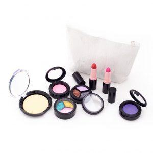 Pretend Deluxe Makeup Set