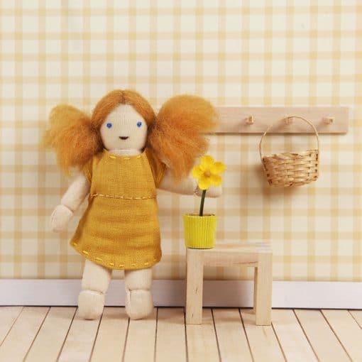 Holdie Folk - Meet Daisy